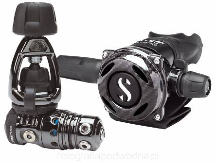 Automat Scubapro MK25/A700  Carbon Black Tech + Octopus R195